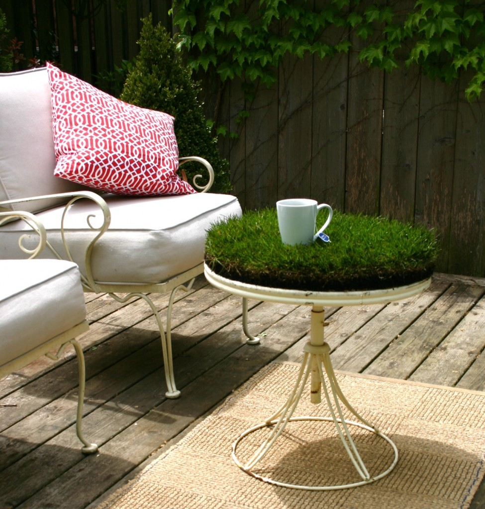 Superb Bring The Great Out Doors To Your Coffee Table With A Touch Of Grass.